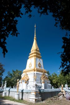 Free Pagoda Thai Royalty Free Stock Image - 17865576