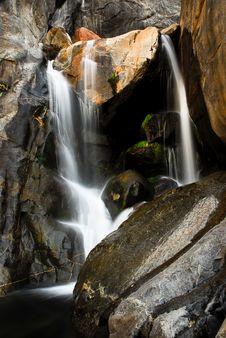 Free Bridalveil Waterfalls Stock Photography - 17866142