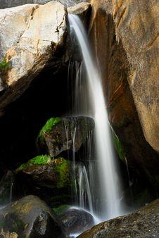 Free Bridalveil Waterfalls Stock Image - 17866151