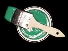 Green Paint Can And Brush Royalty Free Stock Photos