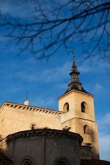 Free Town Of Segovia Spain Royalty Free Stock Image - 17867646