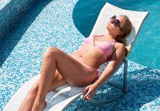 Free Beautiful Woman Enjoying Summer Royalty Free Stock Photography - 17870367