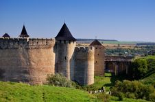 Free Castle And Bridge Royalty Free Stock Image - 17870896