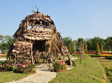 Free Huts Made Of Twigs. Royalty Free Stock Image - 17871646