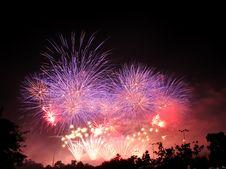 Free International Fireworks Contest At Chiangmai Royalty Free Stock Photos - 17871728