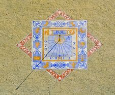 Zodiacal Sundial Or Sun Clock On A Wall In Provenc Royalty Free Stock Images