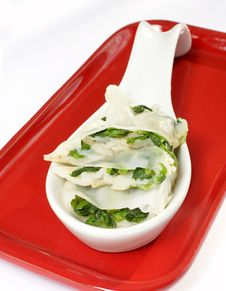 Free Steamed Spinach Dumplings Royalty Free Stock Image - 17879346
