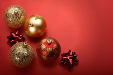 Free Christmas Balls In Red Stock Images - 17879834