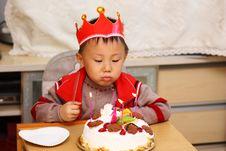 Free Asian Kid At Birthday Royalty Free Stock Images - 17881789