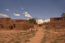 Free Taos Pueblo Royalty Free Stock Image - 17892356