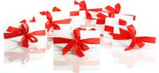 Free Gift Envelope With Awesome Red Bow Royalty Free Stock Photos - 17892838