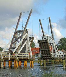 Free Historic Bridge 03 Royalty Free Stock Photos - 17894788