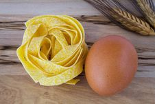 Free Noodles And Egg Royalty Free Stock Photos - 17895588