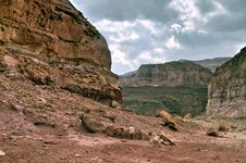 Free View On Canyon In Timna Geological Park Royalty Free Stock Photo - 17896415