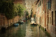 Free Venitian Canal Royalty Free Stock Image - 17897696