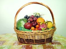 Free Fruit Basket Stock Photo - 17898480