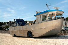 Free Amphibious Boat On Beach Stock Image - 17899211