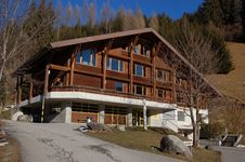 Free Swiss Ski And Sport Hostel Royalty Free Stock Photography - 1795507
