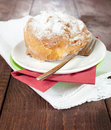 Free Cream Puff On A Plate Royalty Free Stock Photos - 17904358