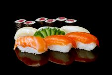 Free Japanese Sushi Royalty Free Stock Photo - 17901585