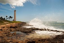 Free Coastal Lighthouse Royalty Free Stock Photos - 17902848