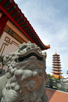 Chinese Bronze Lion Statue At A Pagoda Temple Stock Photos