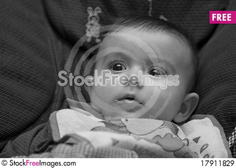 Free Face Expression Of A Four Months Baby Girl Royalty Free Stock Images - 17911829