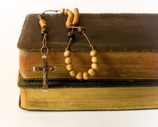 Free Rosary Beads And Breviary Stock Photo - 17910050