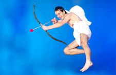 Free Cupid With Hearth Shaped Arrow Royalty Free Stock Image - 17913326