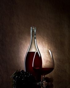 Bottle With Red Wine Royalty Free Stock Photo