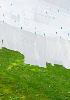 Free White Washes On The Line Stock Photos - 17914473