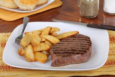 Free Grilled Steak Royalty Free Stock Images - 17914799