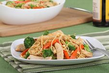 Free Chicken Lo Mein Meal Stock Images - 17915054