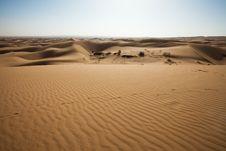 Free Dune On The Desert. Stock Photo - 17918890