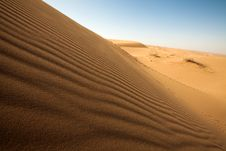 Free Dune On The Desert. Royalty Free Stock Photos - 17918968