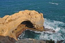 Free Stone Arch. Famous Rock Formations. Great Ocean Ro Royalty Free Stock Images - 17919449