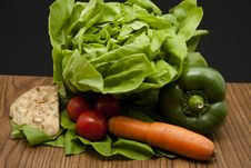 Free Head Lettuce With Carrots Stock Images - 17923504