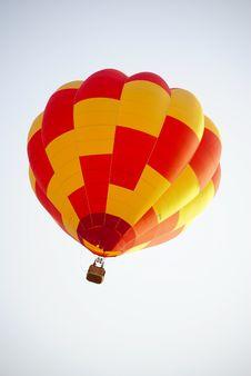 Free Red & Yellow Ballon On The Sky. Stock Photos - 17924903