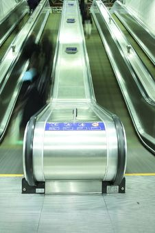 Free Escalator Royalty Free Stock Photo - 17925345