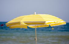Free Beach Umbrella Stock Photo - 17927170