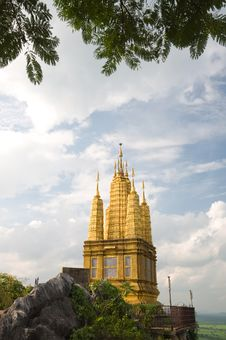 Free Golden Pagoda Stock Photos - 17930343