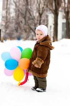 Free Beautiful Girl Playing With Balloons Royalty Free Stock Images - 17932749