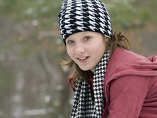 Free Cute Girl Outside In The Winter Snow Royalty Free Stock Images - 17933999