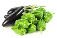 Free Green Peppers And Purple Eggplant Royalty Free Stock Photos - 17935958