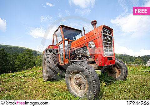 Free Old Abandoned Red Tractor Royalty Free Stock Image - 17944966