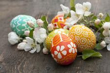 Free Easter Eggs  And  Springs Flowers Stock Photo - 17946000