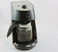 Free Coffee Grinder And Freshly Ground Beans Royalty Free Stock Photo - 17947665