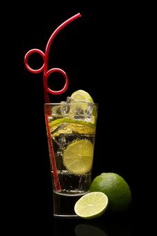 Free Cocktail On Black Background Royalty Free Stock Image - 17948886