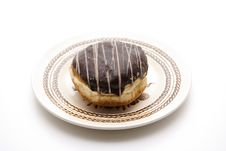 Free Donut With Chocolates Glaze Royalty Free Stock Photography - 17951417
