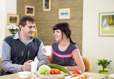 Free Couple At Home Having Meal Royalty Free Stock Photography - 17957527